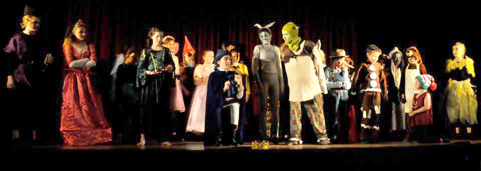 Shrek – Whole Cast